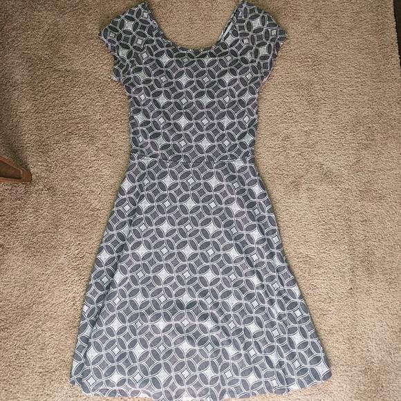 Dresses & Skirts - Comfy t shirt type dress